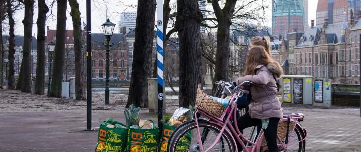 Kunt u mij de weg naar de Haagse Markt vertellen